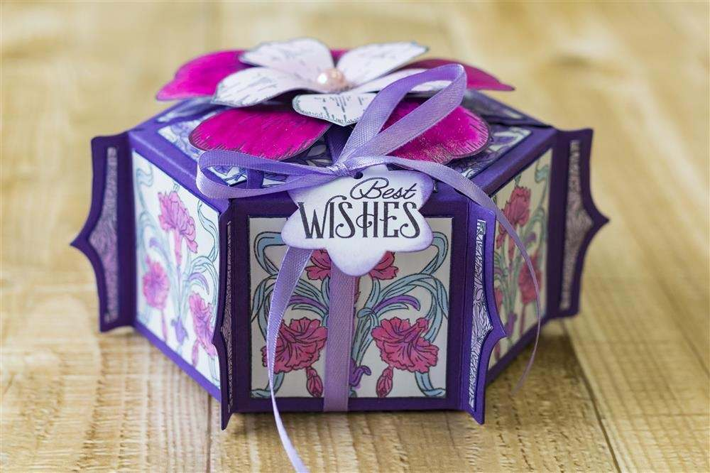 Gemini Ornamental Gift Box Dies and Stamps - October 2018