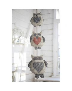 Debbie Shore Pattern and Instructions Download - String of Owls