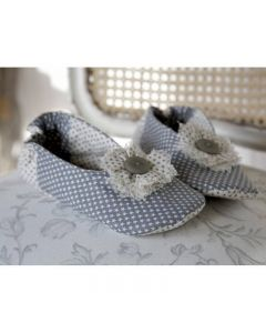 Debbie Shore Pattern and Instructions Download - Flower Slippers
